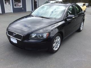 Used 2006 Volvo S40 2.4L for sale in Parksville, BC