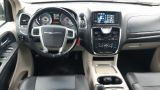 2013 Chrysler Town & Country Touring w/Leather, Backup Cam