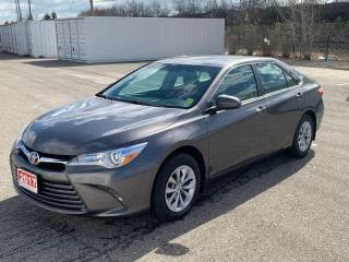 Used 2017 Toyota Camry LE - No Accidents for sale in Oakville, ON