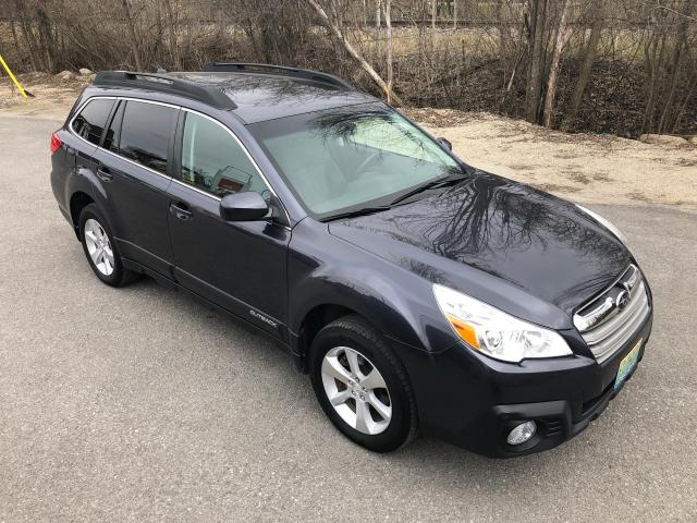 2013 Subaru Outback 3.6R Ltd , Only 89500 km $172.00 bi weekly