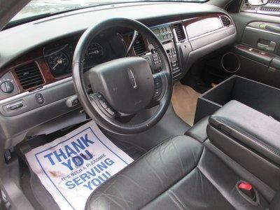 2011 Lincoln Town Car