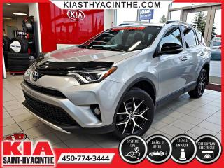 Used 2016 Toyota RAV4 SE AWD ** NAVI / CUIR / TOIT for sale in St-Hyacinthe, QC