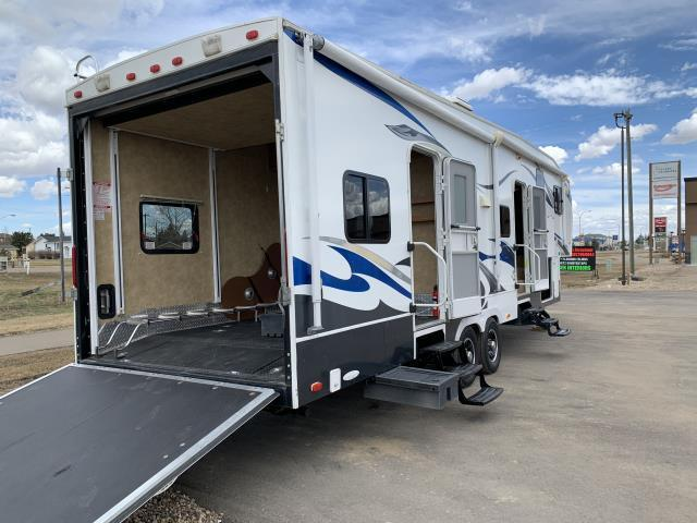 2010 ROAD WARRIOR 305RW