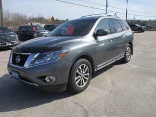 Used 2015 Nissan Pathfinder SL for sale in North Bay, ON