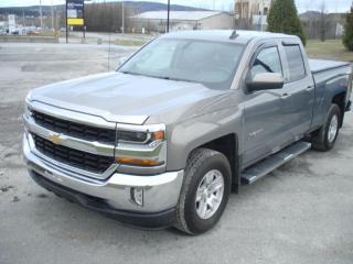 Used 2017 Chevrolet Silverado 1500 4WD Double Cab for sale in Thetford Mines, QC