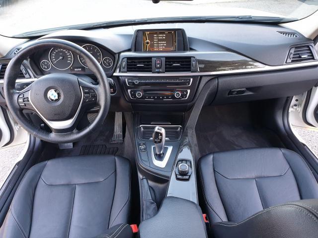 2013 BMW 3 Series 320i xDrive Photo11