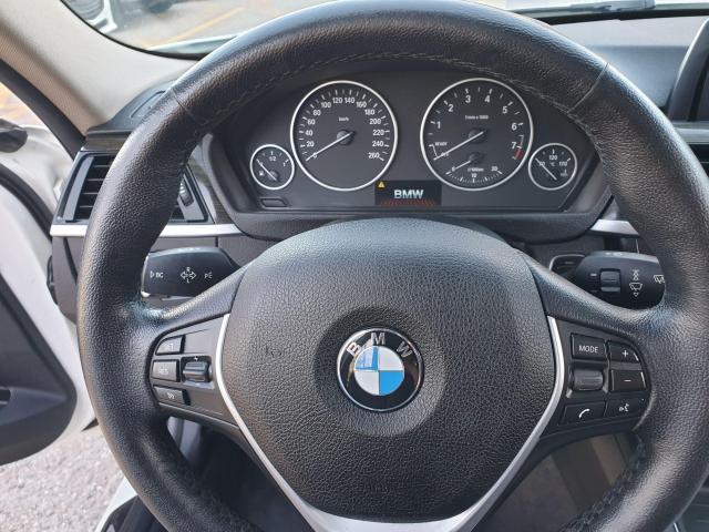 2013 BMW 3 Series 320i xDrive Photo14