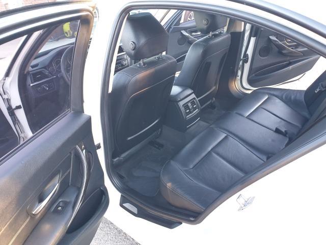 2013 BMW 3 Series 320i xDrive Photo15