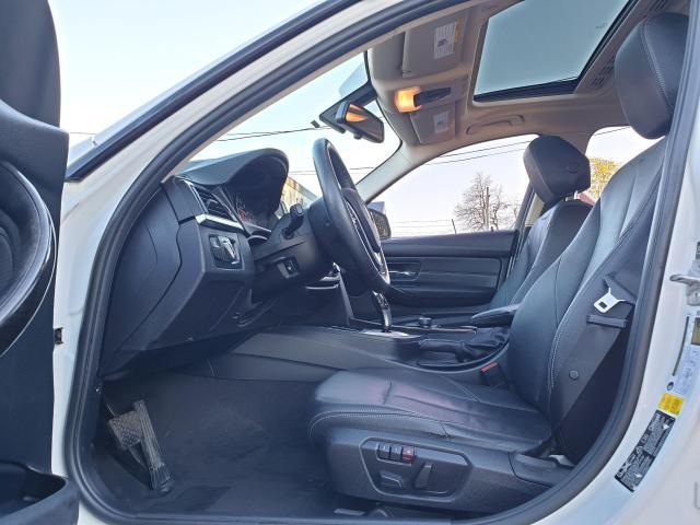 2013 BMW 3 Series 320i xDrive Photo17