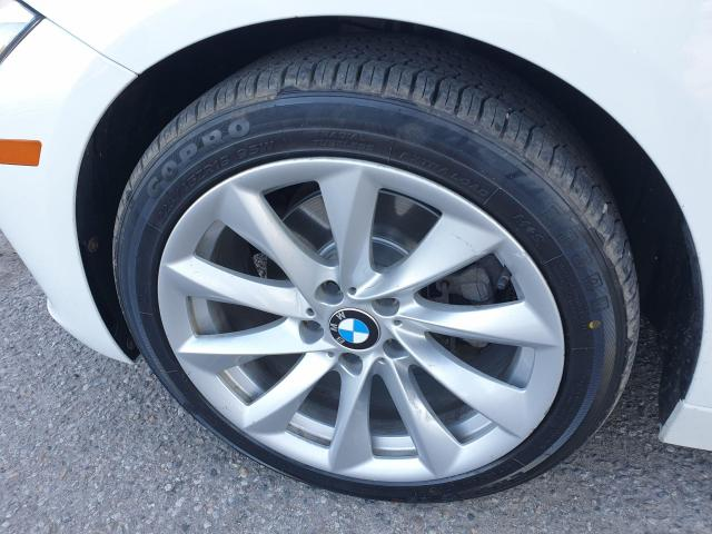 2013 BMW 3 Series 320i xDrive Photo21
