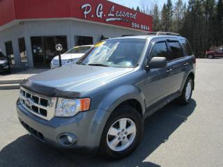 Used 2010 Ford Escape Xlt awd 4 cyl 2.5l démarreur a distance for sale in St-Prosper, QC