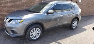 Used 2014 Nissan Rogue S for sale in North York, ON