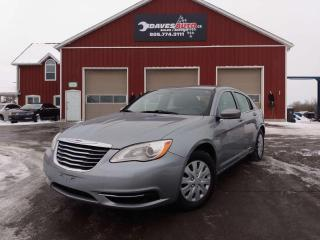Used 2014 Chrysler 200 LX LX Cruise, power windows, AC for sale in Dunnville, ON