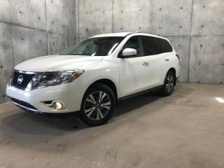 Used 2016 Nissan Pathfinder SV for sale in St-Nicolas, QC