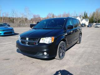 Used 2017 Dodge Grand Caravan PREMIUM PLUS *STOW'N'GO* CUIR *BLUETOOTH* PROMO for sale in St-Jérôme, QC