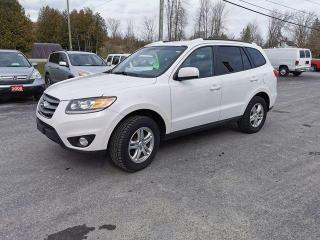 Used 2012 Hyundai Santa Fe GL for sale in Madoc, ON