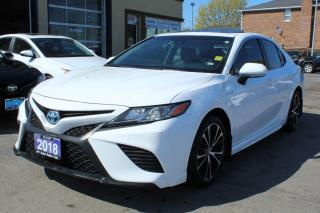Used 2018 Toyota Camry SE Hybrid Sunroof for sale in Brampton, ON
