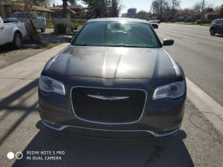 Used 2017 Chrysler 300 Limited AWD/LEATHER/NAVI/DUAL-PANE SUNROOF for sale in Toronto, ON