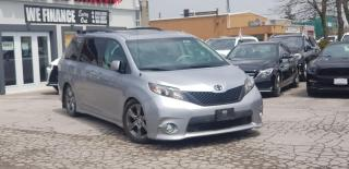 Used 2012 Toyota Sienna SE for sale in Oakville, ON