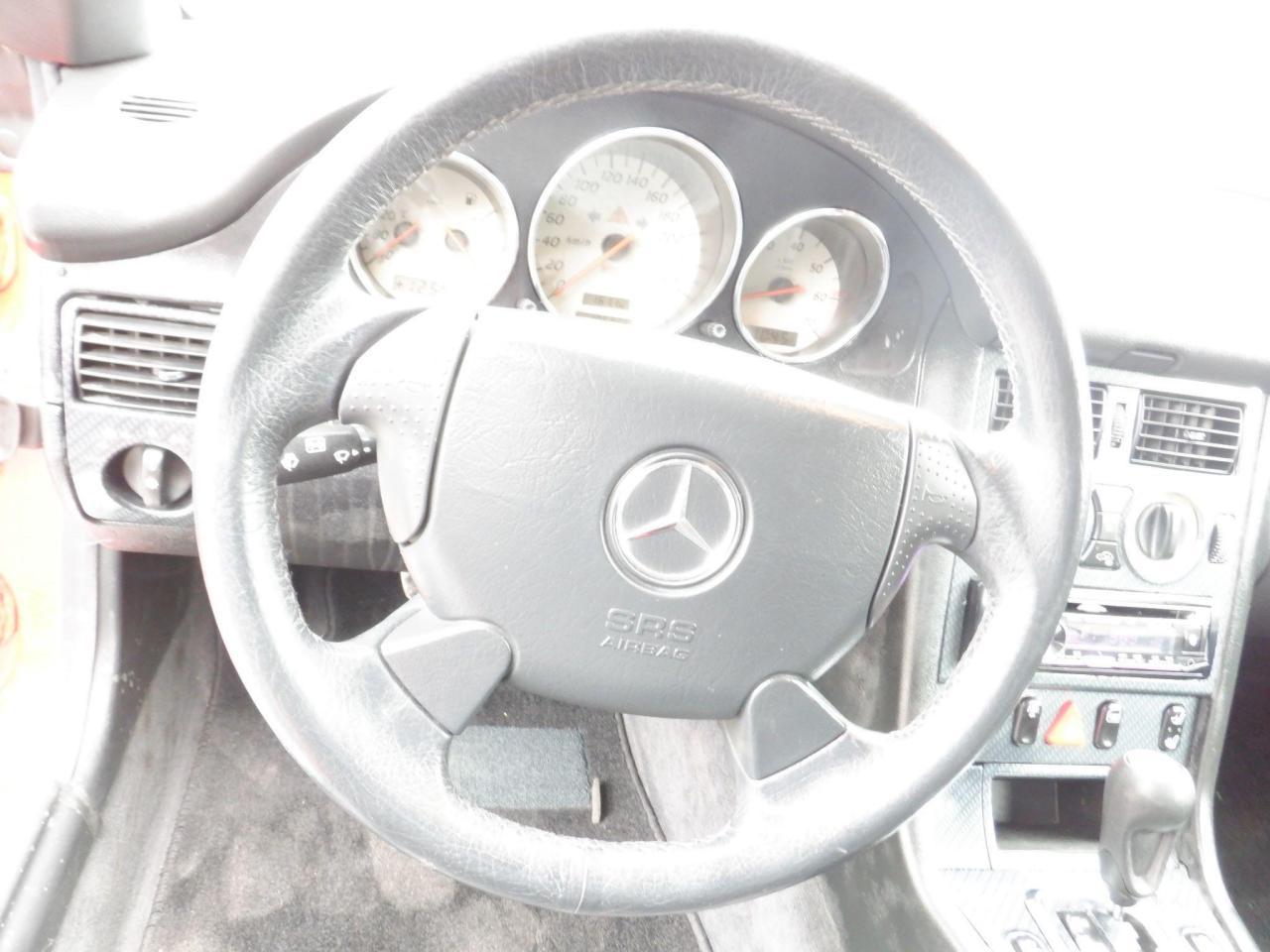 2001 Mercedes-Benz SLK230