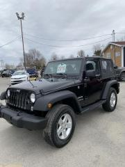 Used 2016 Jeep Wrangler 4 RM 2 portes Sport for sale in Chicoutimi, QC