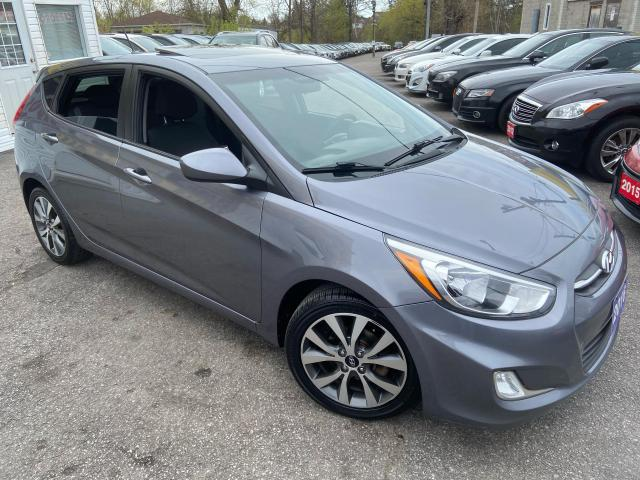 2016 Hyundai Accent SE/LOADED/ SUNROOF/ BLUETOOTH/ ALLOYS/ FOG LIGHTS!