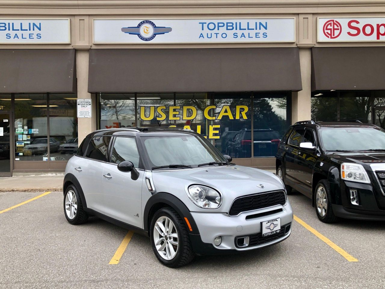 2012 MINI Cooper Countryman S AWD, Pano Roof, Leather