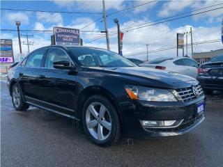 Used 2014 Volkswagen Passat Comfortline | Auto, Roof, Leather, Heated Seats for sale in Caledonia, ON