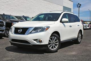 Used 2016 Nissan Pathfinder SV AWD for sale in Brossard, QC