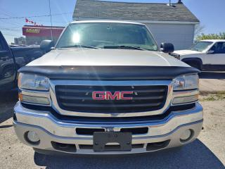 Used 2005 GMC Sierra 1500 SL for sale in Oshawa, ON