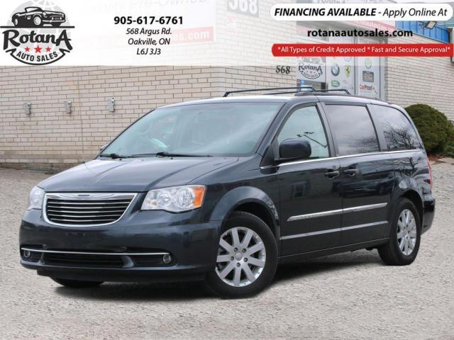 2013 Chrysler Town & Country Touring_Rear Camera_DVD_Bluetooth