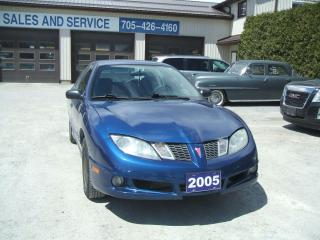 Used 2005 Pontiac Sunfire SE for sale in Beaverton, ON