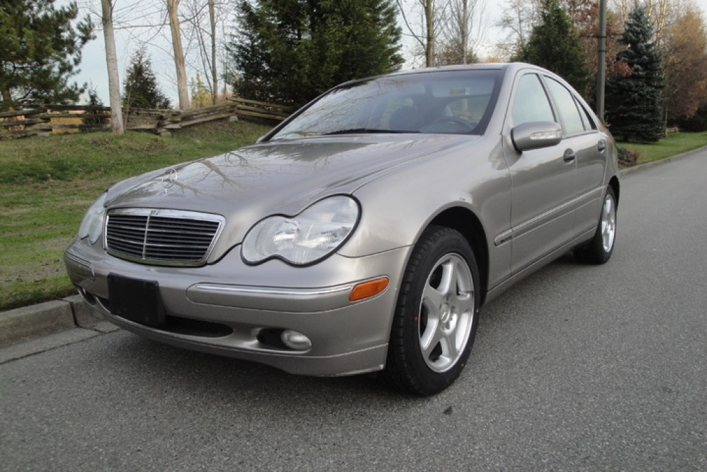 Used 2003 mercedes benz c240 for sale in surrey british for Mercedes benz c240 wheels