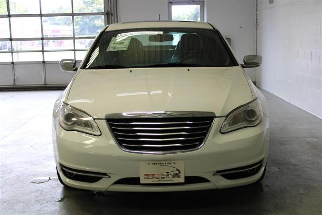 2013 Chrysler 200 WE APPROVE ALL CREDIT