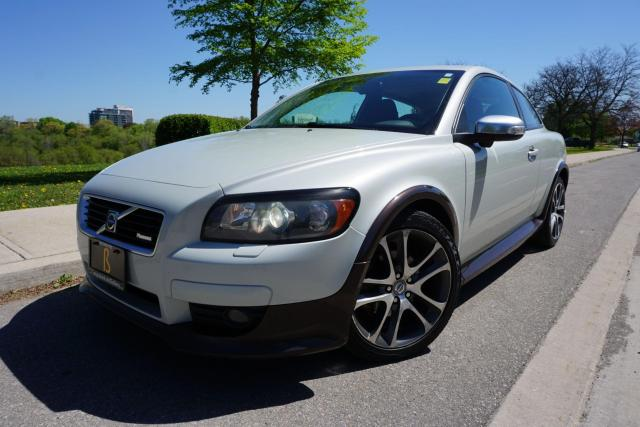 2009 Volvo C30 RARE R-DESIGN/ MANUAL / 1 OWNER / NO ACCIDENTS