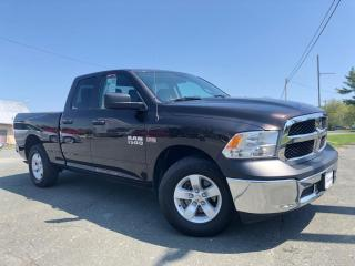 Used 2017 RAM 1500 SXT QUAD 4WD V8 for sale in St-Malachie, QC