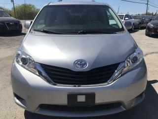 Used 2013 Toyota Sienna LE for sale in Gloucester, ON