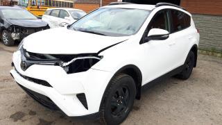 Used 2017 Toyota RAV4 LE accidenté facile à réparer pièces dis for sale in St-Henri-de-Levis, QC