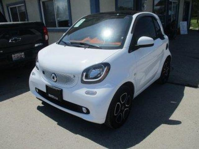 2018 Smart fortwo LIKE NEW PASSION-COUPE EDITION 2 PASSENGER EV ELECTRIC ENGINE.. POWER SUNROOF.. BACK-UP CAMERA.. BLUETOOTH SYSTEM.. TOUCH SCREEN DISPLAY..