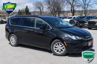 Used 2017 Chrysler Pacifica Touring for sale in Barrie, ON