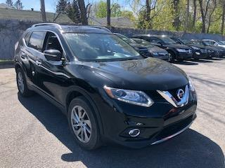 Used 2015 Nissan Rogue SL PREMIUM AWD CUIR TOIT PANO NAV MAGS for sale in St-Hubert, QC