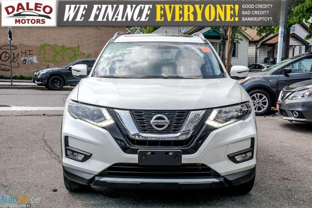 2017 Nissan Rogue SV / PAN ROOF / BACK UP CAM / PDC / HEATED SEATS   Photo3
