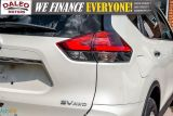2017 Nissan Rogue SV / PAN ROOF / BACK UP CAM / PDC / HEATED SEATS   Photo38