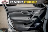 2017 Nissan Rogue SV / PAN ROOF / BACK UP CAM / PDC / HEATED SEATS   Photo45