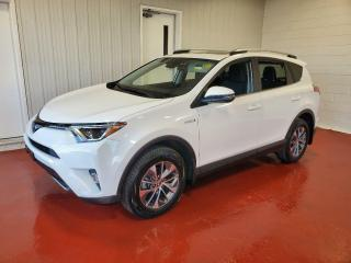 Used 2018 Toyota RAV4 HYBRID LE+ AWD for sale in Pembroke, ON