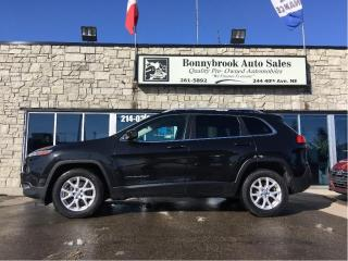 Used 2015 Jeep Cherokee Latitude 4X4 bluetooth alloy wheels for sale in Calgary, AB