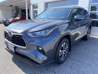 Used 2020 Toyota Highlander XLE AWD for sale in North Bay, ON