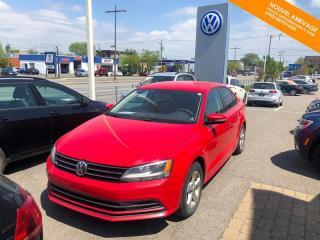 Used 2016 Volkswagen Jetta RÉSERVÉ Man Trendline 1.4 TSI + Caméra + Mag for sale in Québec, QC