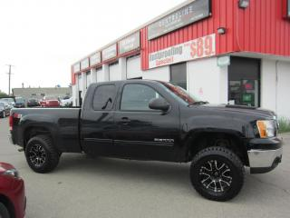 Used 2010 GMC Sierra 1500 SLE $13,995 +HST +LIC FEE / CLEAN CARFAX REPORT/ UP HIGH for sale in North York, ON