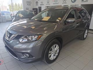 Used 2014 Nissan Rogue SV / AWD / CRUISE / TOIT PANORAMIQUE / S for sale in Sherbrooke, QC